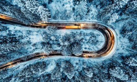 Husk nye krav om vinterdekk på tunge kjøretøy